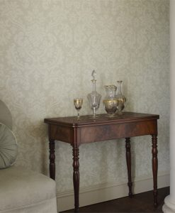 Tours damask wallpaper by Zophany
