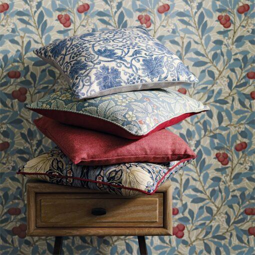 Arbutus WP Detail With Cushions