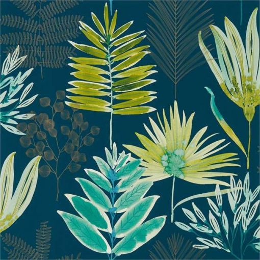 Yasuni Wallpaper from the Zapara Collection in Emerald & Zest